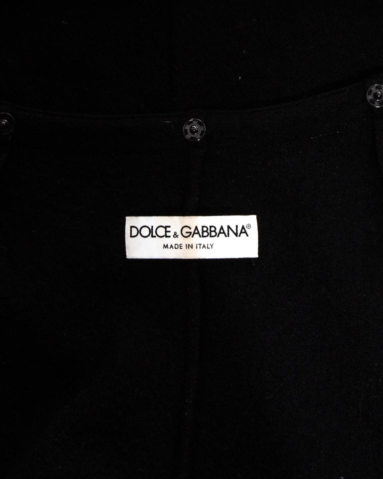 Dolce & Gabbana black lace evening coat with mink fur collar, fw 1997 For Sale 5