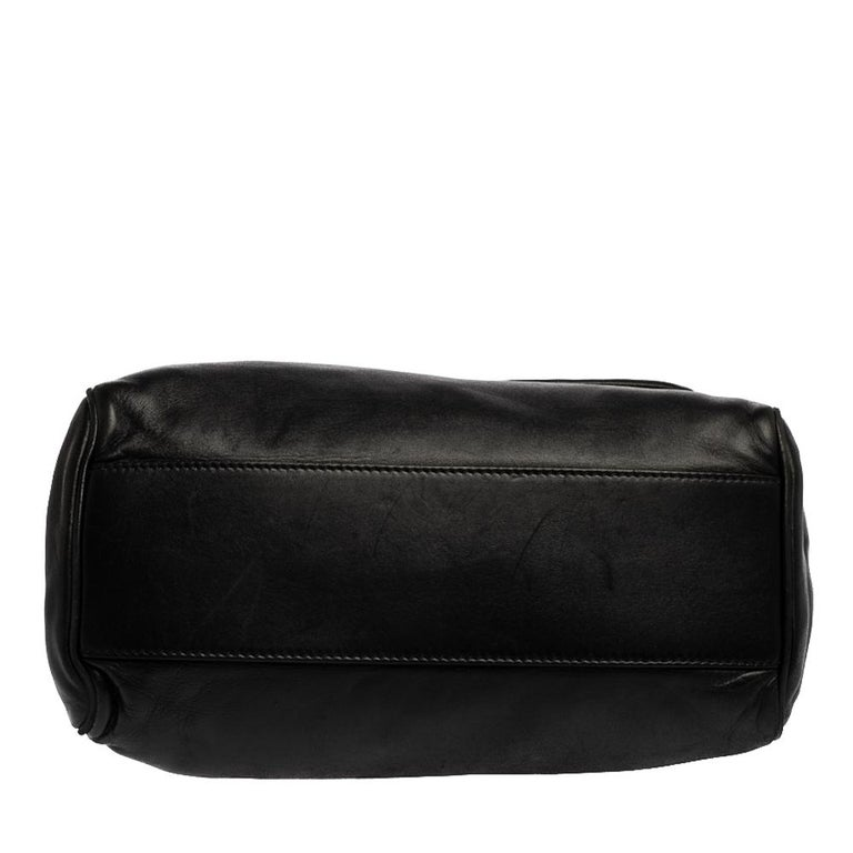Dolce & Gabbana Black Leather Chain Shoulder Bags For Sale 1