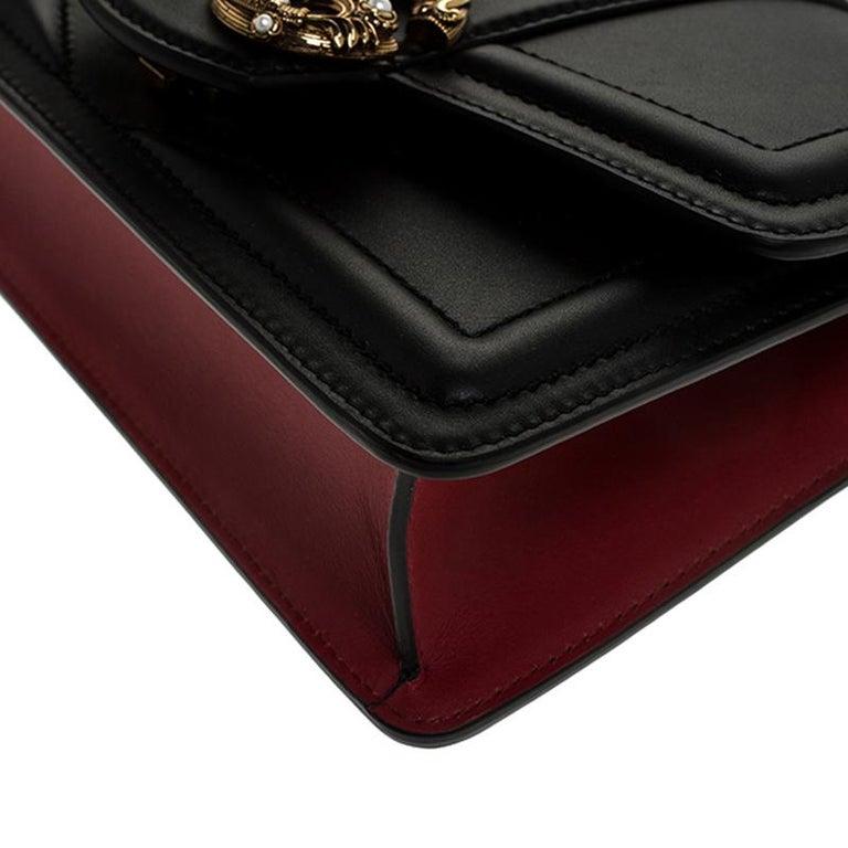 Dolce & Gabbana Black Leather DG Amore Chain Shoulder Bag For Sale 1