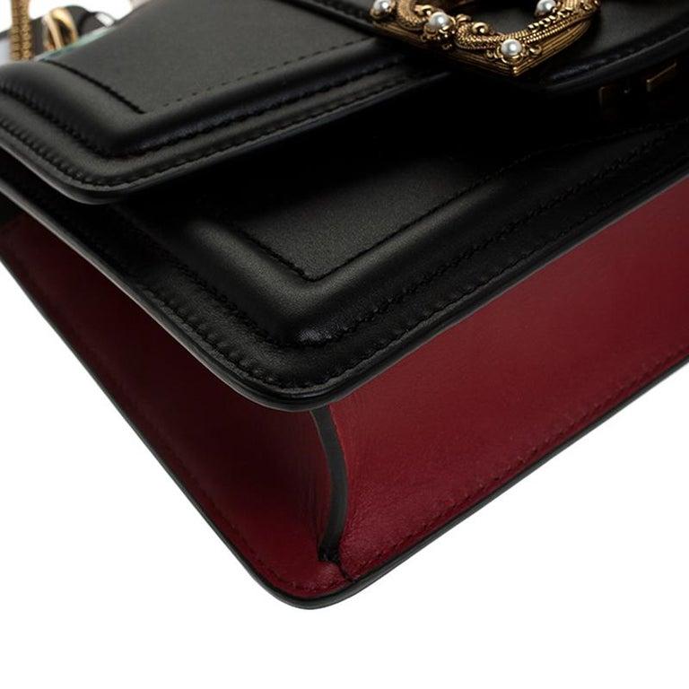 Dolce & Gabbana Black Leather DG Amore Chain Shoulder Bag For Sale 2