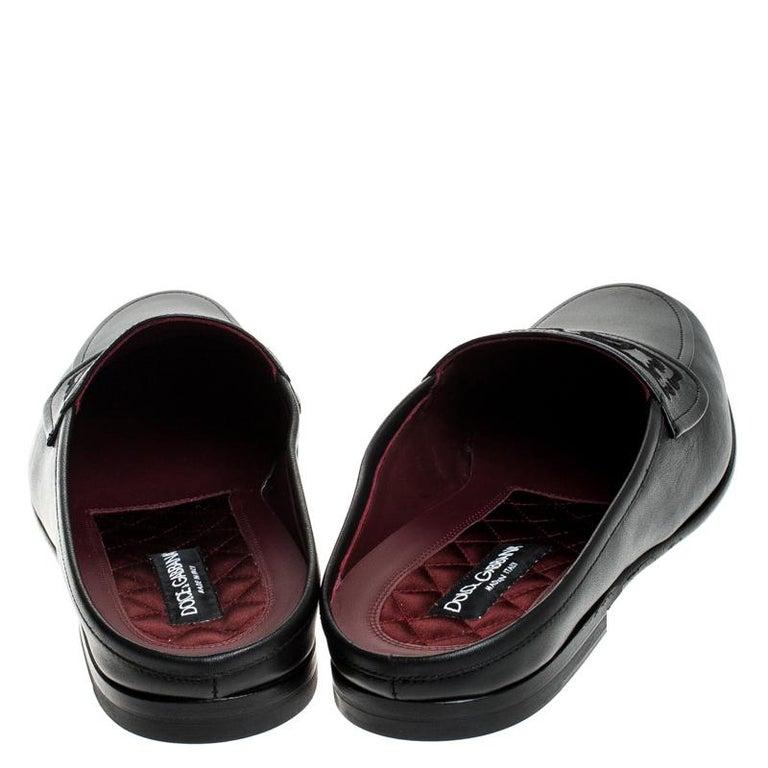 Dolce & Gabbana Black Leather Embroidered Logo Slip On Mules Size 44 In New Condition For Sale In Dubai, Al Qouz 2