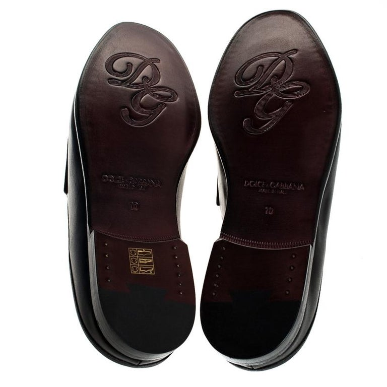 Men's Dolce & Gabbana Black Leather Embroidered Logo Slip On Mules Size 44 For Sale