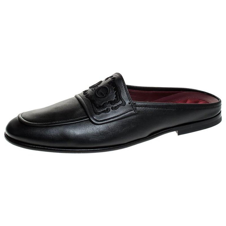 Dolce & Gabbana Black Leather Embroidered Logo Slip On Mules Size 44 For Sale