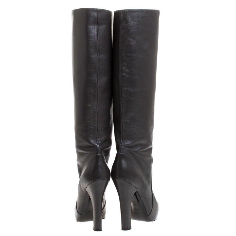 Dolce & Gabbana Black Leather Knee Length Platform Boots Size 36 In Good Condition For Sale In Dubai, Al Qouz 2
