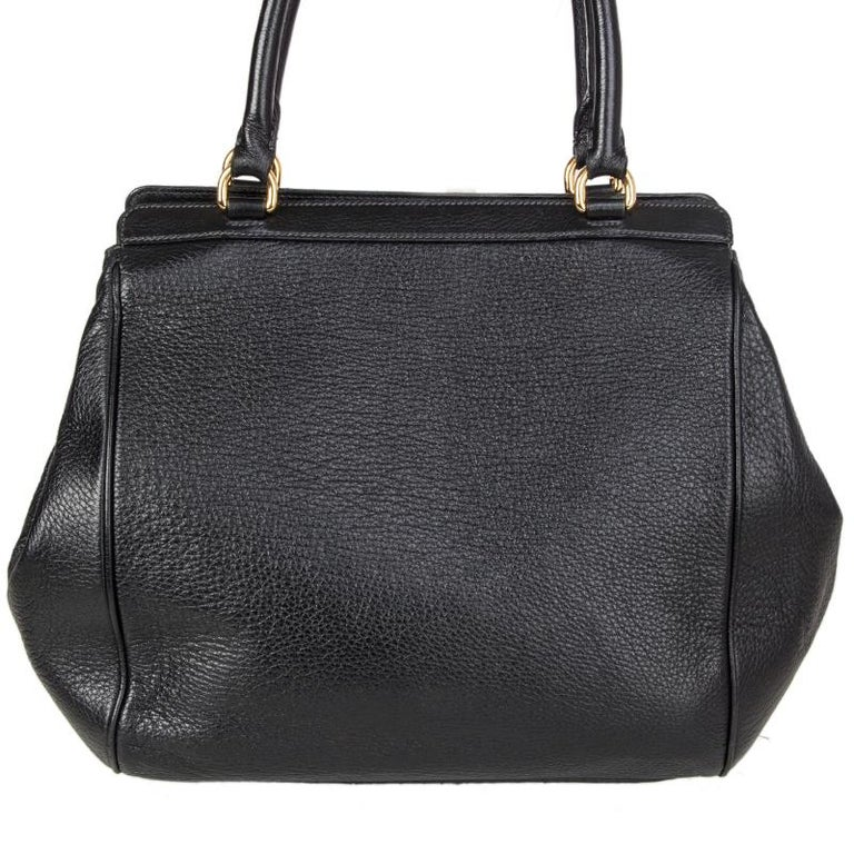 DOLCE & GABBANA black leather LARGE Shoulder Bag In Excellent Condition In Zürich, CH