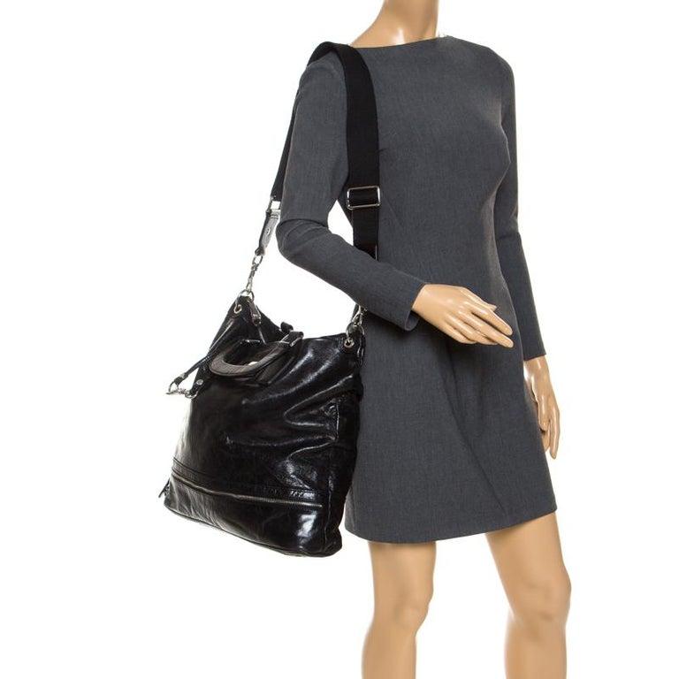 Dolce & Gabbana Black Leather Tote In Good Condition For Sale In Dubai, Al Qouz 2
