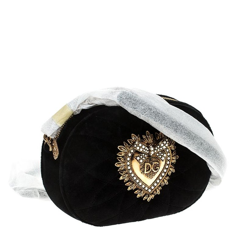 Women's Dolce & Gabbana Black Matelasse Velvet Devotion Camera Crossbody Bag For Sale