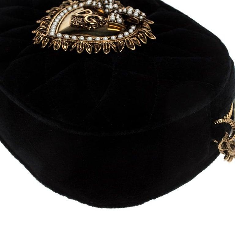 Dolce & Gabbana Black Matelasse Velvet Devotion Camera Crossbody Bag For Sale 2