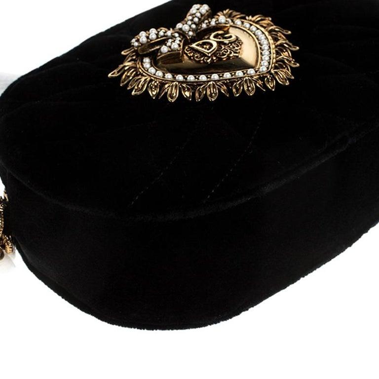 Dolce & Gabbana Black Matelasse Velvet Devotion Camera Crossbody Bag For Sale 3