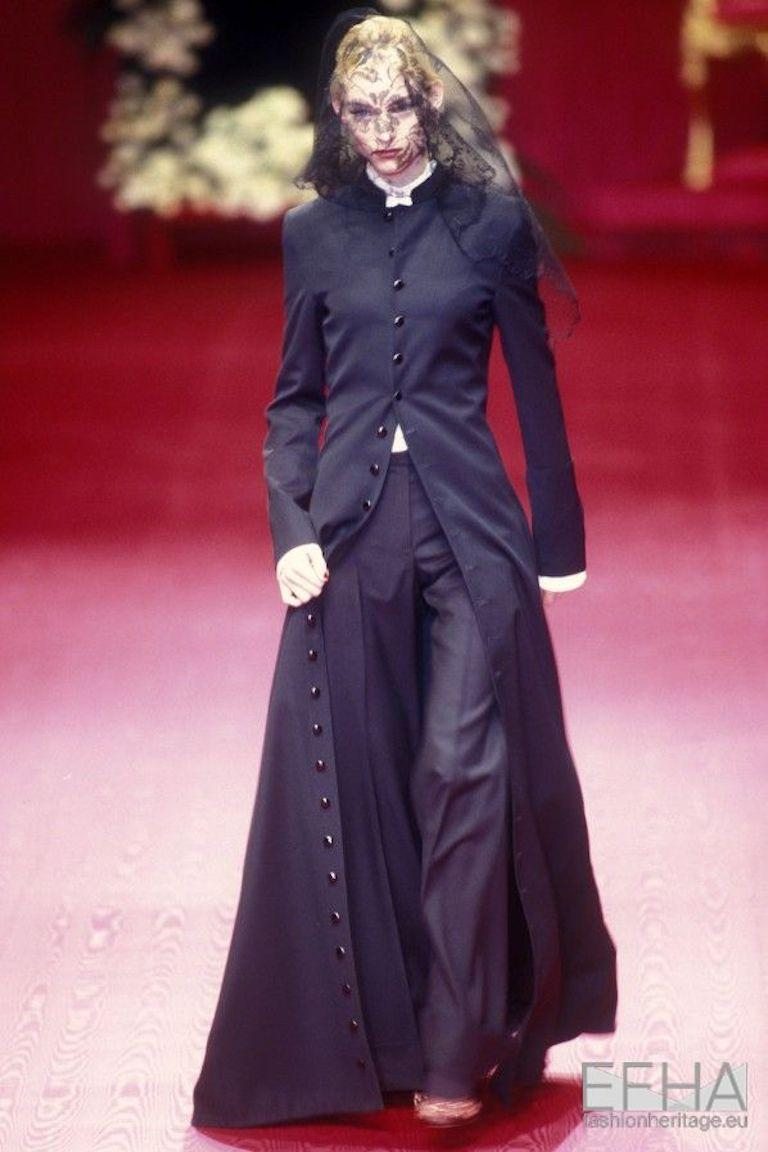 Black Dolce & Gabbana black wool full length button-up priest coat, ca. 1997 For Sale