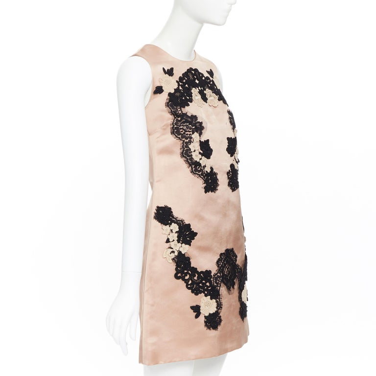 DOLCE GABBANA blush pink silk black floral lace A-line mini dress IT36 XS In Excellent Condition For Sale In Hong Kong, NT