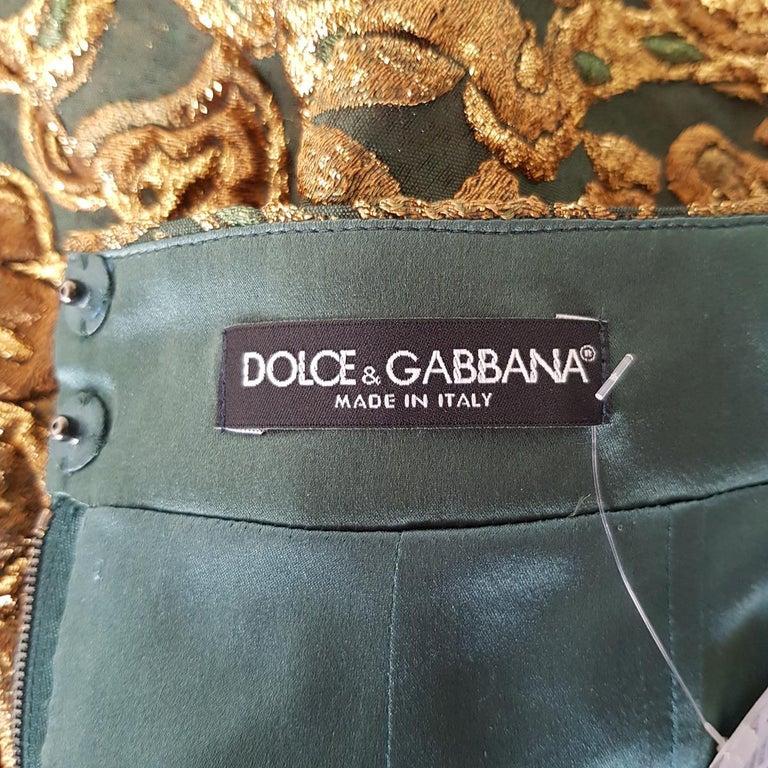 Women's Dolce & Gabbana Brocade Skirt IT 40 For Sale