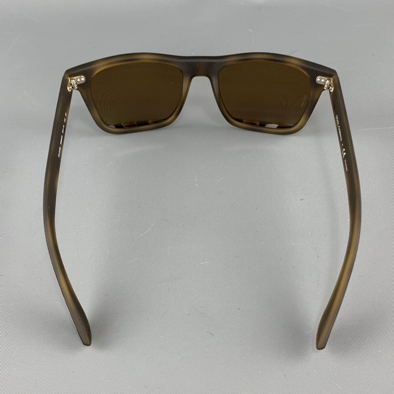 DOLCE & GABBANA Brown Tortoiseshell Rubberized Acetate Sunglasses In Excellent Condition For Sale In San Francisco, CA