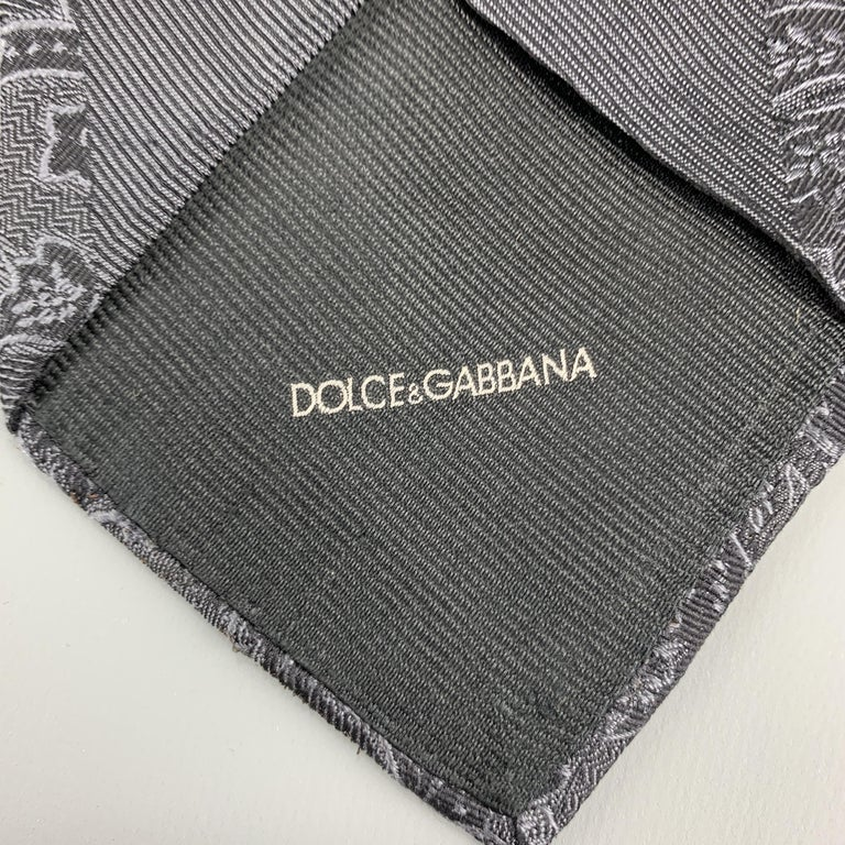 DOLCE & GABBANA Charcoal Ombre Paisely Silk Tie In Good Condition For Sale In San Francisco, CA