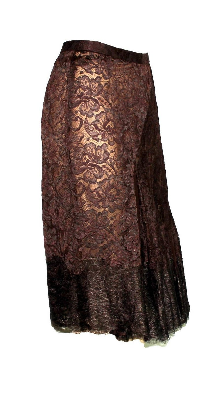 GORGEOUS PLEATED DOLCE & GABBANA LACE SILK SKIRT  DOLCE & GABBANA LACE SKIRTS  ARE A KEY-PIECE OF THE COMING WINTER SEASON   A MUST HAVE FOR ANY WARDROBE  DETAILS: Gorgeus DOLCE & GABBANA pleated lace skirt A timeless classic and must for any