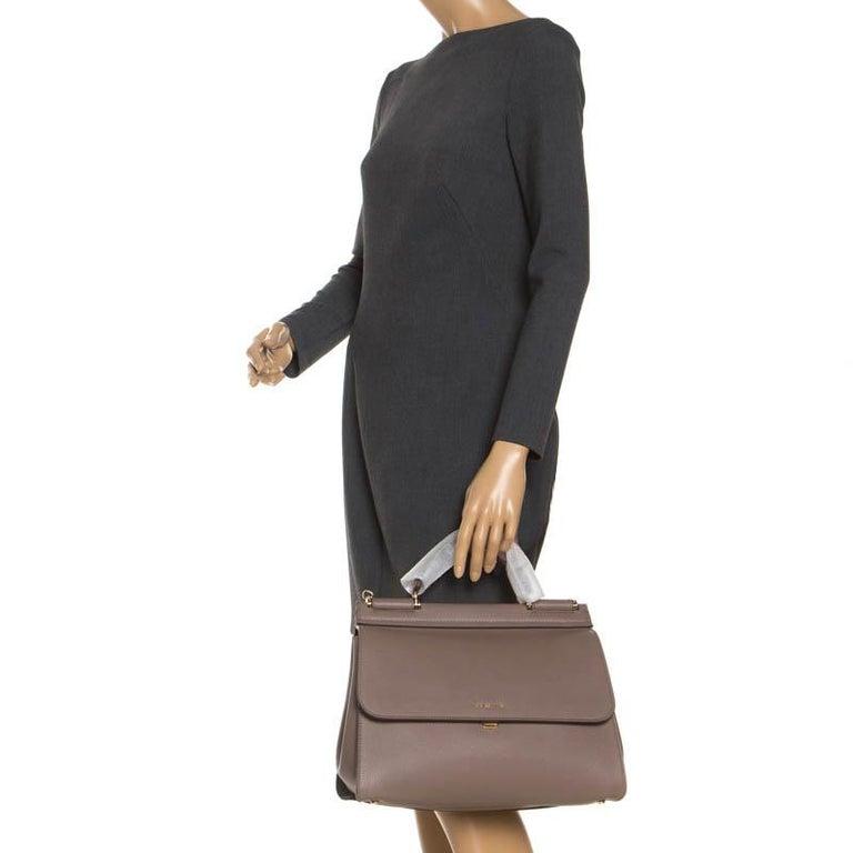 Dolce & Gabbana Dark Beige Smooth Leather Miss Sicily Top Handle Bag In New Condition For Sale In Dubai, Al Qouz 2