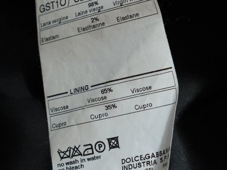 Dolce & Gabbana Dark Grey Virgin Wool Coat For Sale 1