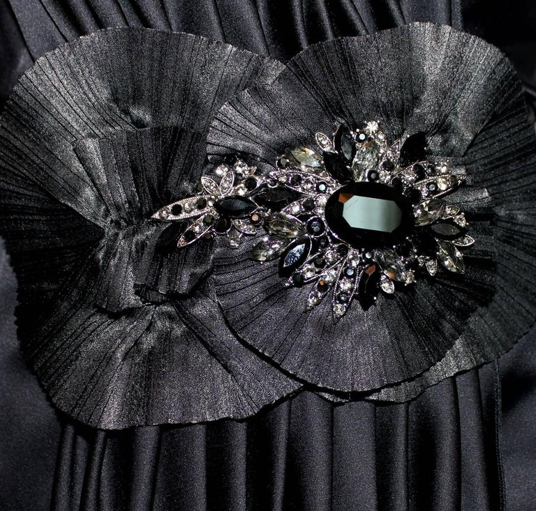 Dolce Gabbana Draped Corset Dress with Jeweled Crystals Ornament In Excellent Condition For Sale In Switzerland, CH