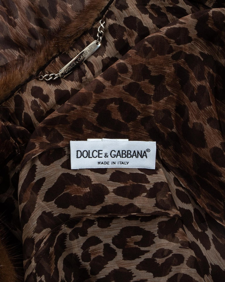 Dolce & Gabbana leopard print silk chiffon coat with mink fur collar, ss 1997 For Sale 5