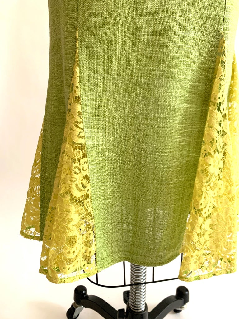 Dolce & Gabbana Lime Green Flared Pencil Skirt with Yellow Lace Accents For Sale 1