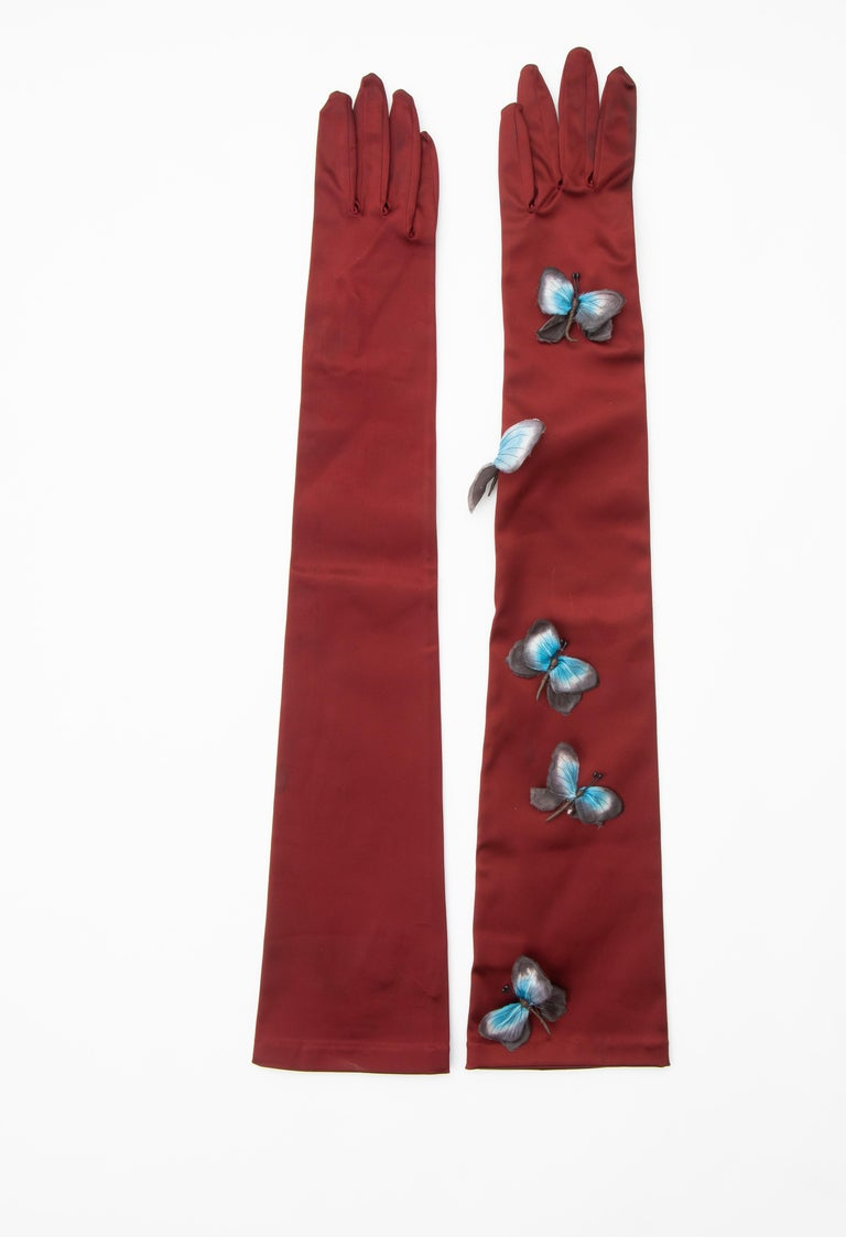 Dolce & Gabbana Long Satin Butterfly Appliqué Evening Gloves, Spring 1998 In Good Condition In Cincinnati, OH