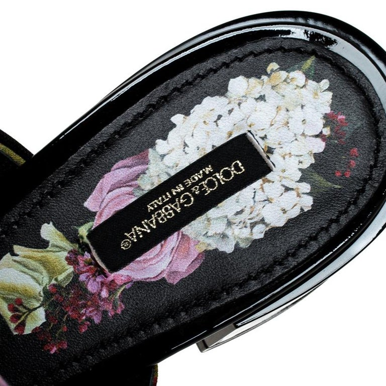 Women's Dolce & Gabbana Multicolor Floral Printed Crystal Bow Open Toe Mules Size 39 For Sale