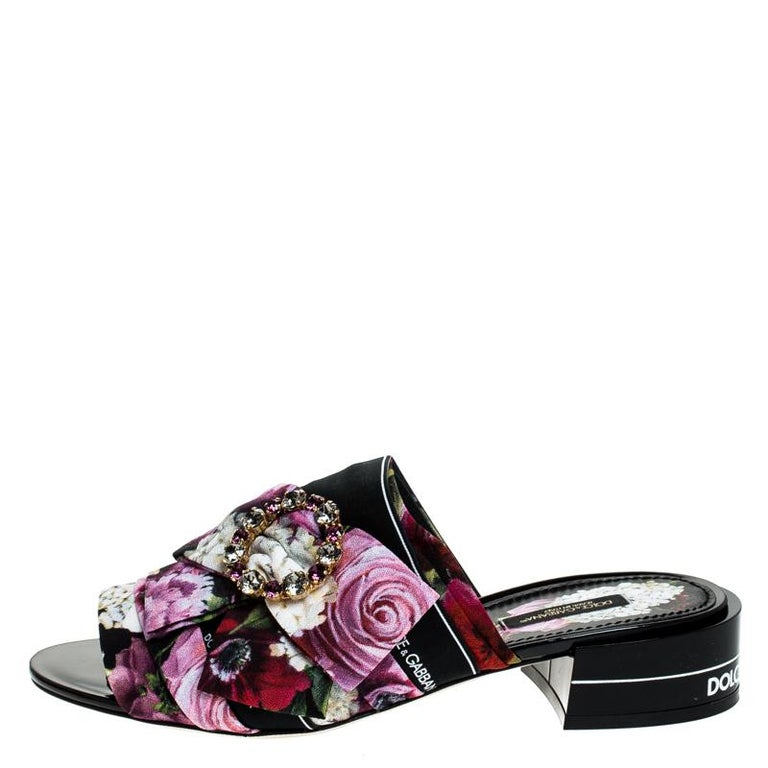 Dolce & Gabbana Multicolor Floral Printed Crystal Bow Open Toe Mules Size 39 For Sale 1