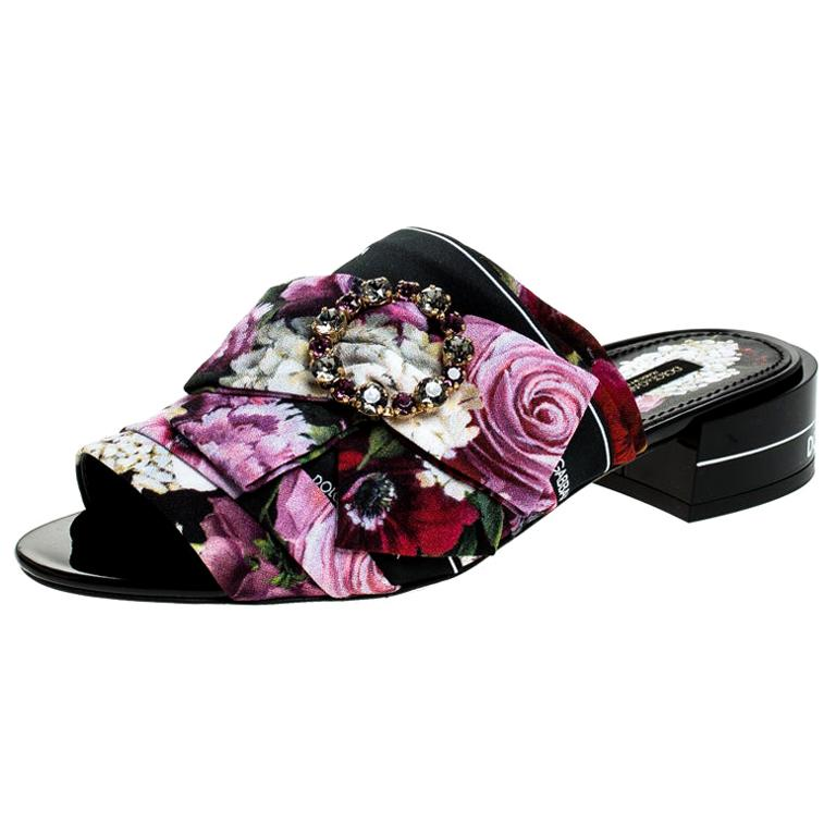 Dolce & Gabbana Multicolor Floral Printed Crystal Bow Open Toe Mules Size 39 For Sale