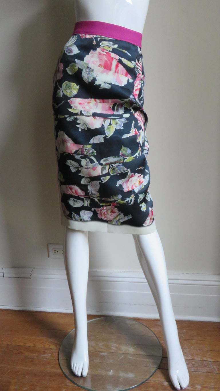 Dolce & Gabbana New Roses Color Block Silk Skirt For Sale 6