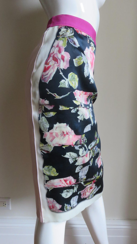 Dolce & Gabbana New Roses Color Block Silk Skirt For Sale 1