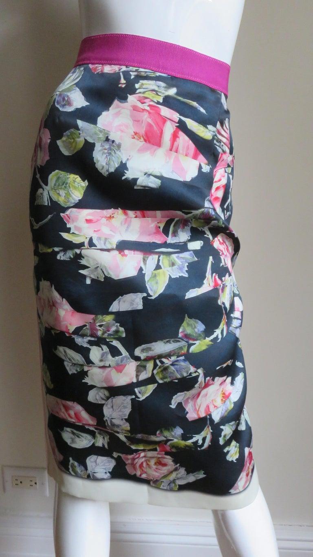 Dolce & Gabbana New Roses Color Block Silk Skirt For Sale 4