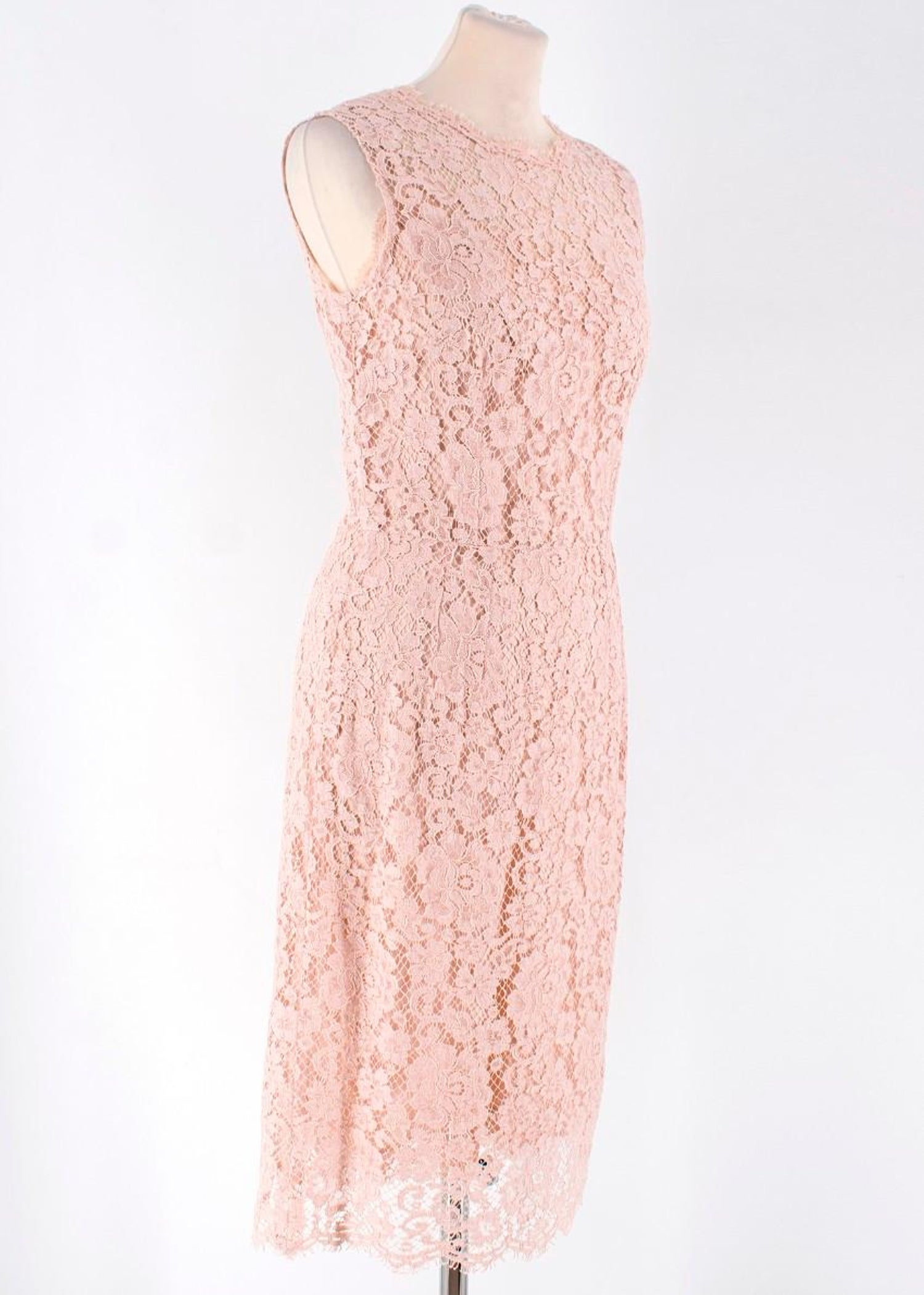22d4af52 Dolce and Gabbana Nude Lace Dress US 4 For Sale at 1stdibs