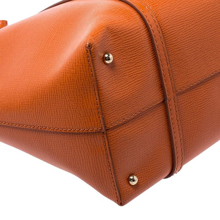 Dolce & Gabbana Orange Leather Escape Shopper Tote For Sale 3