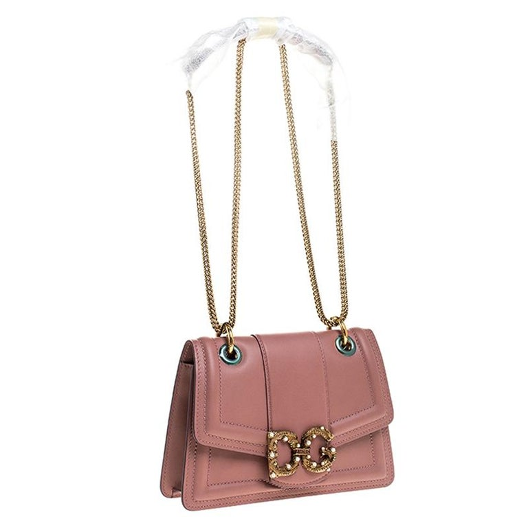 Women's Dolce & Gabbana Pastel Pink Leather DG Amore Chain Shoulder Bag For Sale