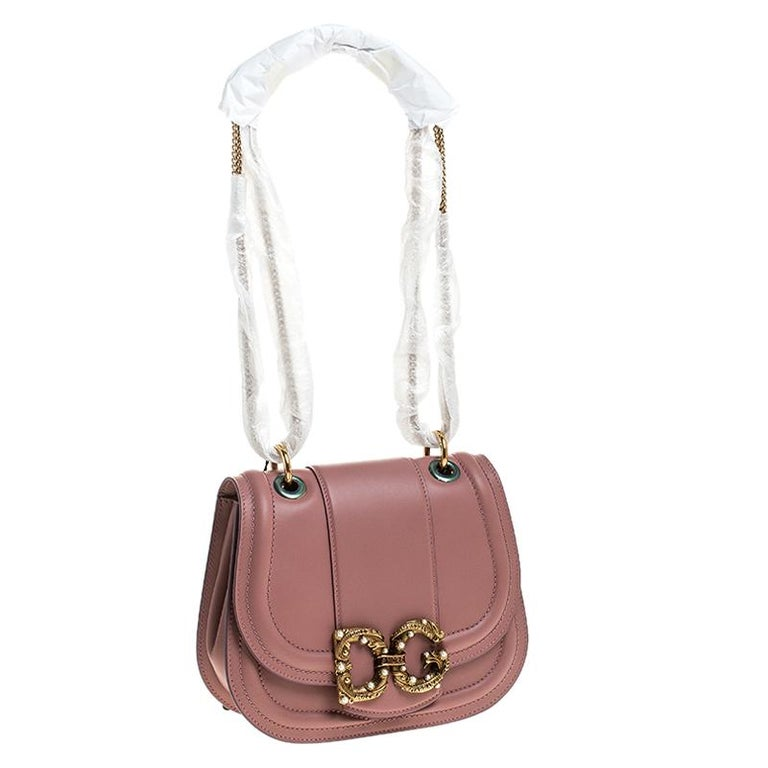 Dolce & Gabbana Pastel Pink Leather Small Amore Crossbody Bag In New Condition For Sale In Dubai, Al Qouz 2