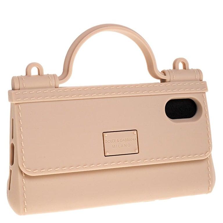 Dolce & Gabbana Peach Rubber Sicily iPhone X - XS Chain Case In New Condition For Sale In Dubai, Al Qouz 2