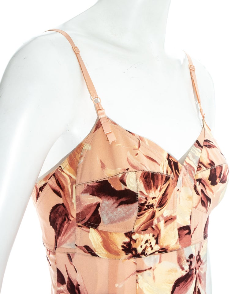 Dolce & Gabbana pink floral printed silk dress, ss 1997 In Excellent Condition For Sale In London, GB