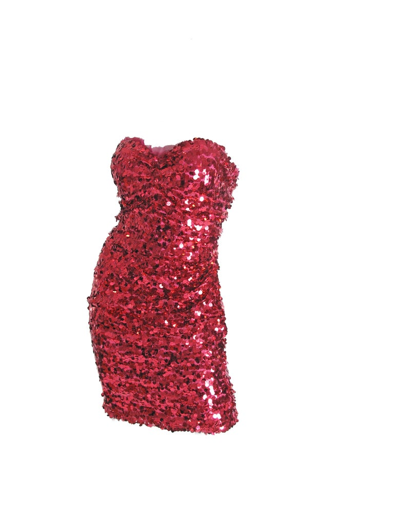 Dolce & Gabbana pink strapless sequin dress. Zip closure at back. 29