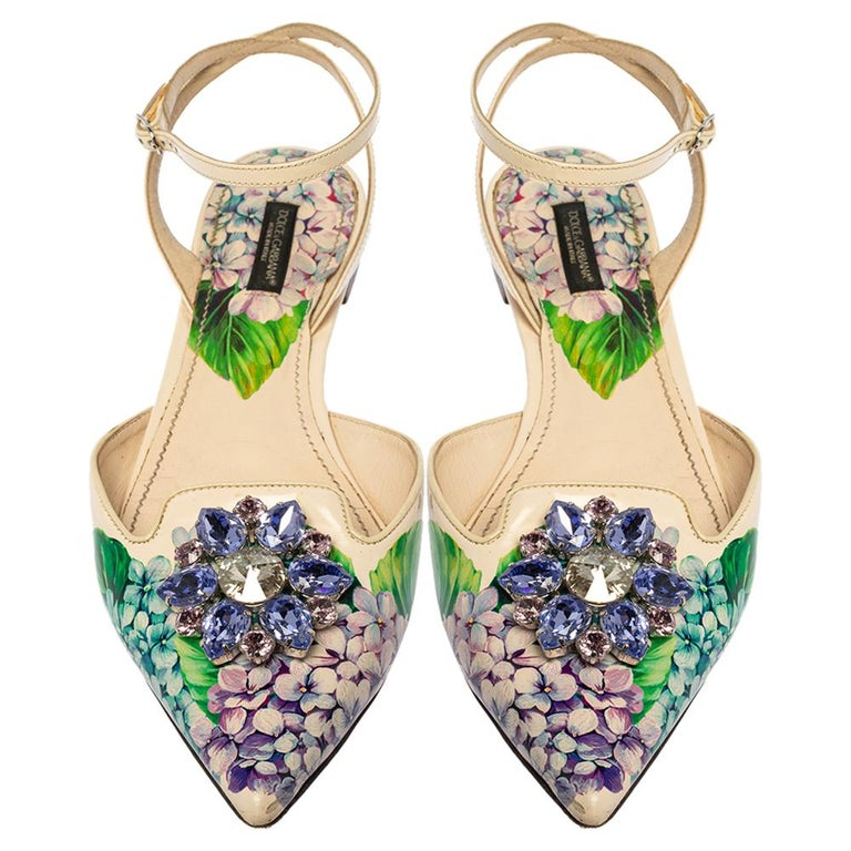 Beige Dolce & Gabbana Print Patent Leather Crystal Ankle-Strap Flats Size 40 For Sale