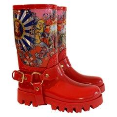 Dolce & Gabbana Red Italian Theatre Print Rainboots Wellies Galoshes