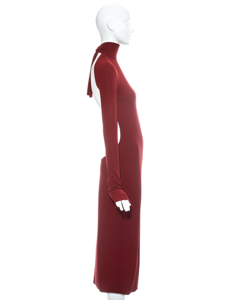 Dolce & Gabbana red low back figure hugging dress, ss 2001 In Good Condition For Sale In London, GB