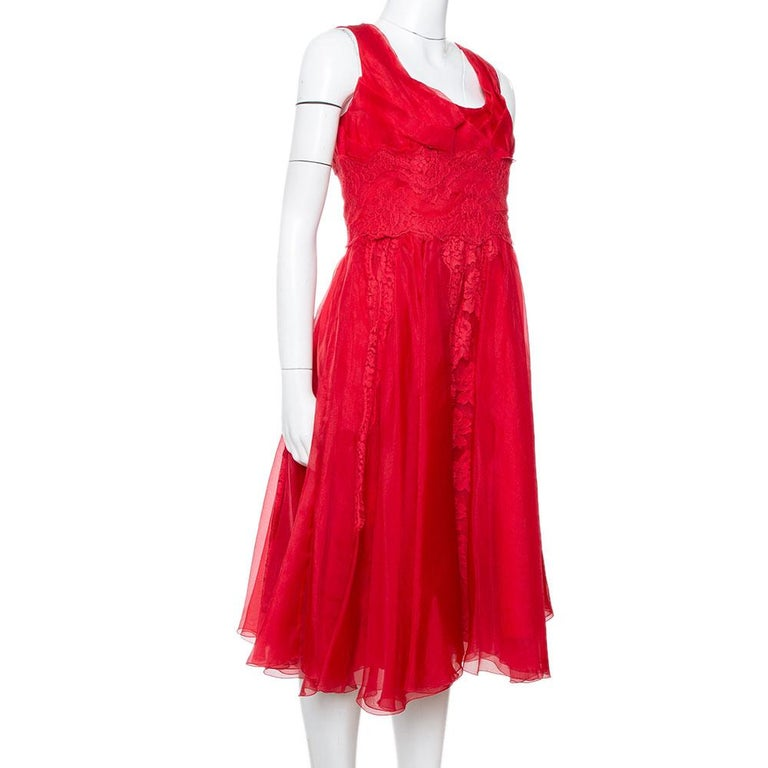 Dolce & Gabbana Red Silk Organza Lace Trim Flared Dress M In Good Condition For Sale In Dubai, Al Qouz 2