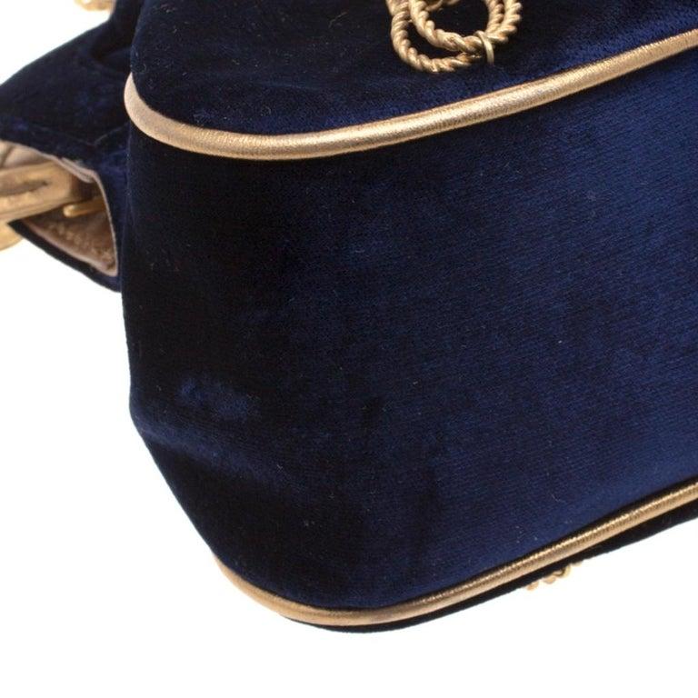Dolce & Gabbana Royal Blue Embroidered Velvet Frame Shoulder Bag For Sale 3