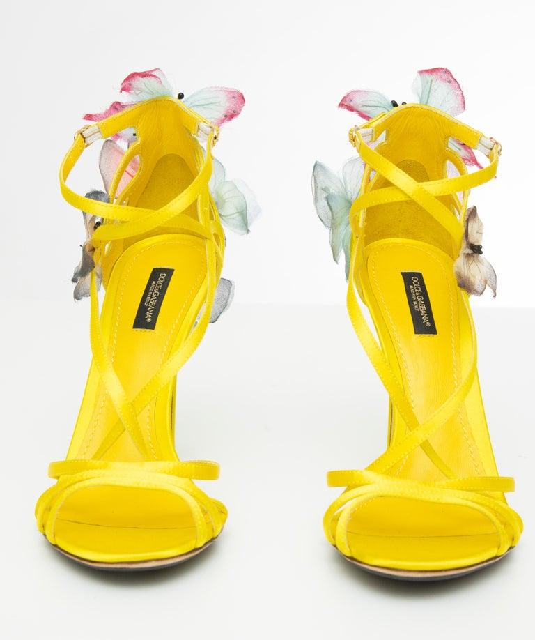 Dolce & Gabbana Runway Yellow Silk Satin Butterfly Appliqué Sandals, Spring 1998 For Sale 9
