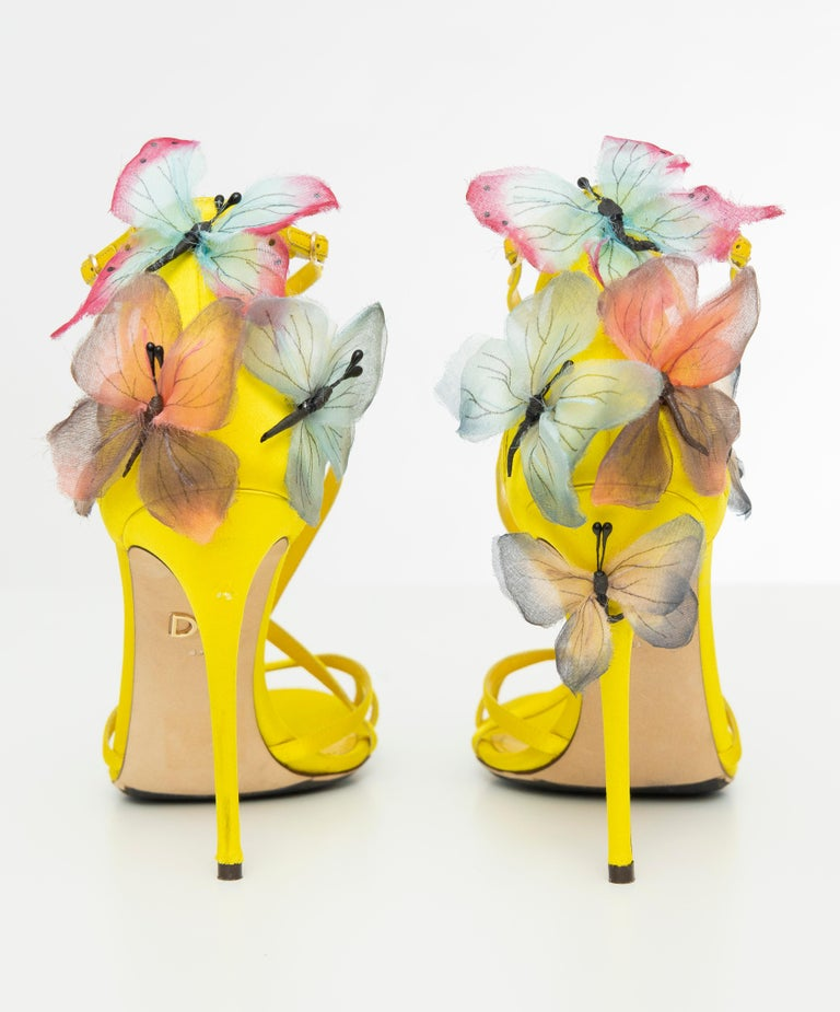 Dolce & Gabbana Runway Yellow Silk Satin Butterfly Appliqué Sandals, Spring 1998 For Sale 10