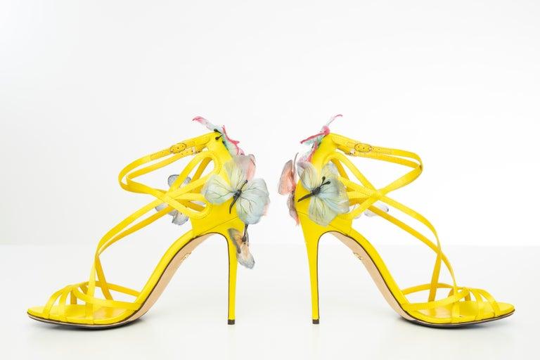 Dolce & Gabbana Runway Yellow Silk Satin Butterfly Appliqué Sandals, Spring 1998 For Sale 4
