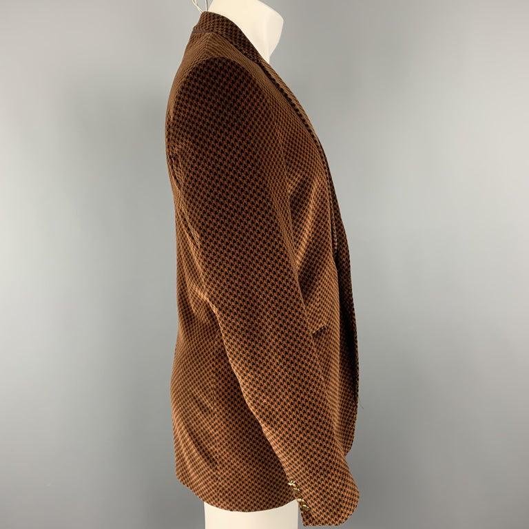 DOLCE & GABBANA Size 39 Black & Copper Houndstooth Velvet Sport Coat In Excellent Condition For Sale In San Francisco, CA