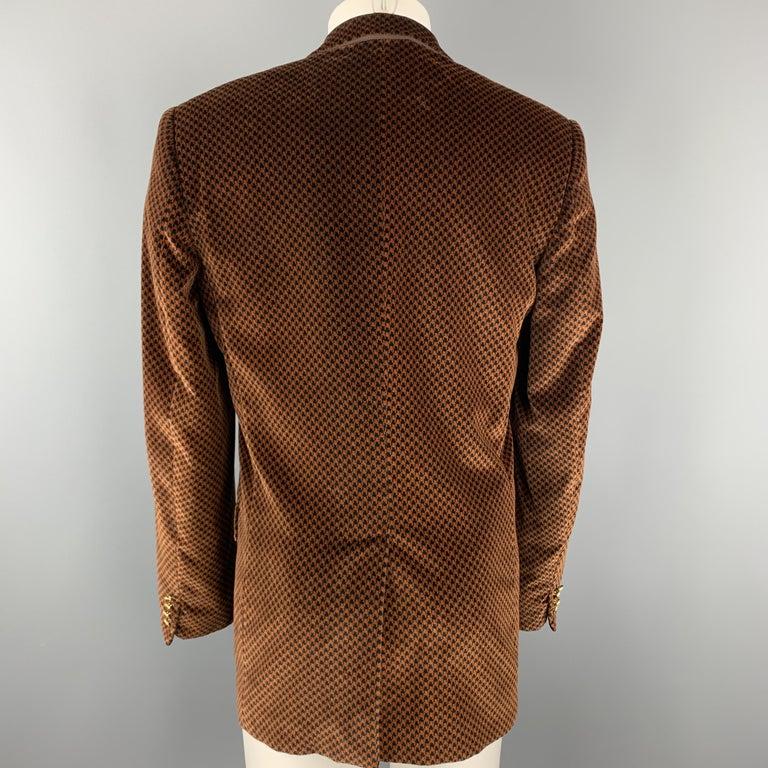 DOLCE & GABBANA Size 39 Black & Copper Houndstooth Velvet Sport Coat For Sale 1