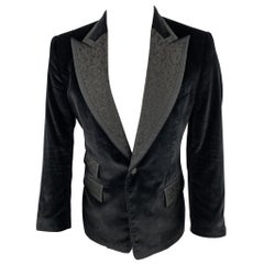 DOLCE & GABBANA Size 40 Black Velvet Jacquard Peak Lapel Sport Coat