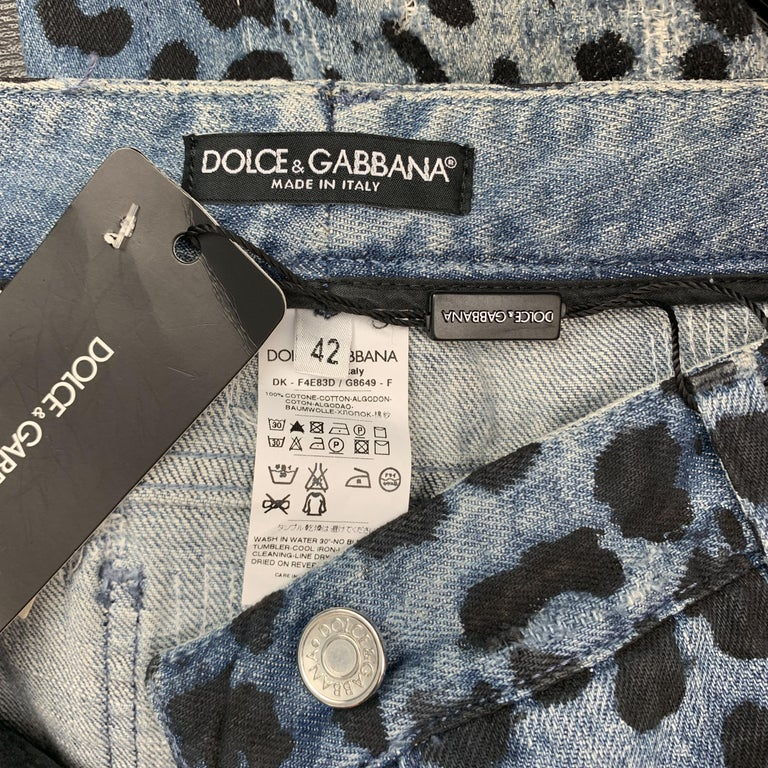 DOLCE & GABBANA Size 6 Blue Leopard Print Distressed Denim Pencil Skirt For Sale 5